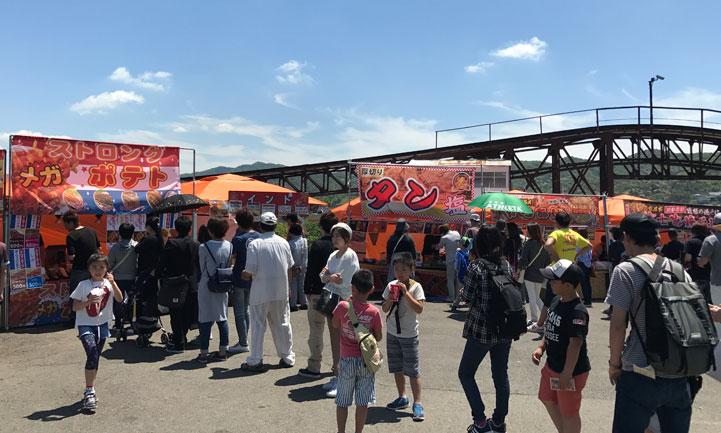 みさき公園で「B級グルメフェスタ 2017」の出店管理を行いました